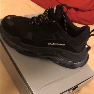 Balenciagas barely worn don't like them